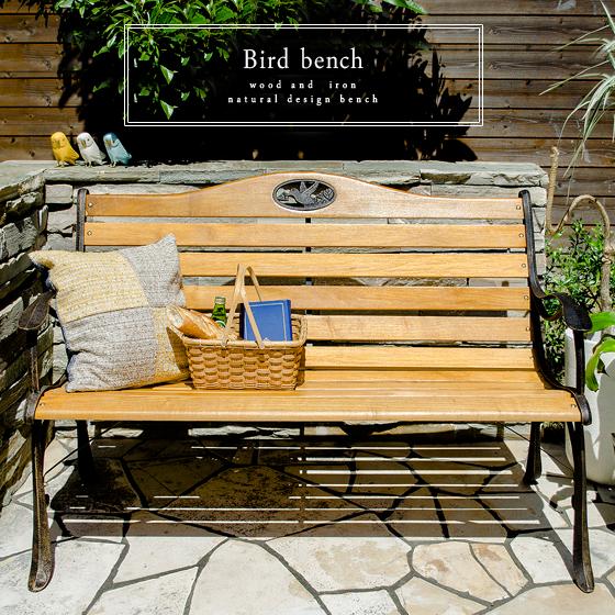 おしゃれ木製ベンチでつくる簡単ベランダ&ガーデン