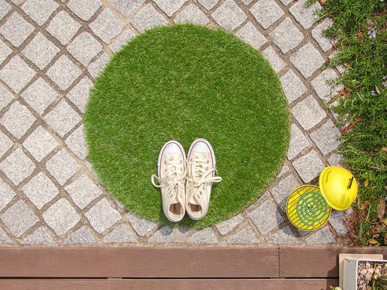 屋外用 外用 人工芝 芝 グラスマット 玄関マット ラグマット ラグカーペット 敷物 ガーデン用品 ガーデニング 可愛い おしゃれ かわいい お洒落 お庭 玄関 エントランス グラスマット スクエアタイプ