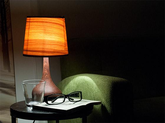 サイドテーブル照明